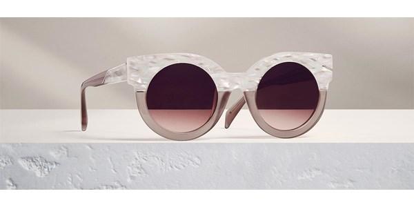 fbf421bf4d48ad Si Maje crée une collection lunette c est avec le même désir qui l anime  depuis 20 ans, celui de s adapter à la femme d aujourd hui et de valoriser  ...